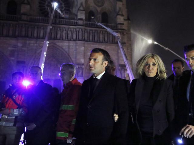 Popularidade de Macron cresce para 32% depois do incêndio de Notre-Dame