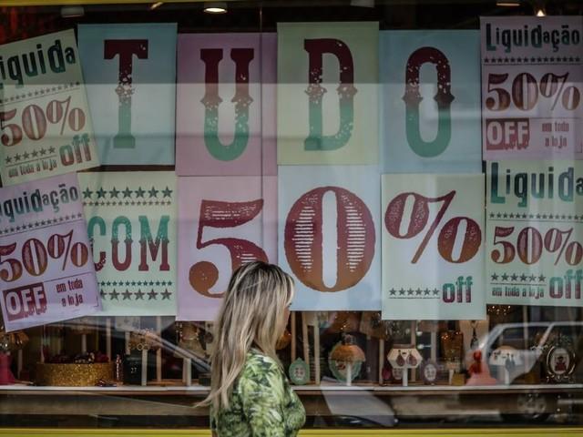 Consumidor deve frear o ritmo de compras este ano, diz pesquisa