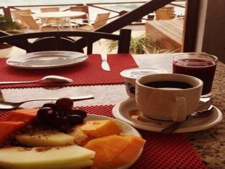 Cenar tarde y no desayunar cuadruplica el riesgo de infarto en las personas que ya sufrieron uno