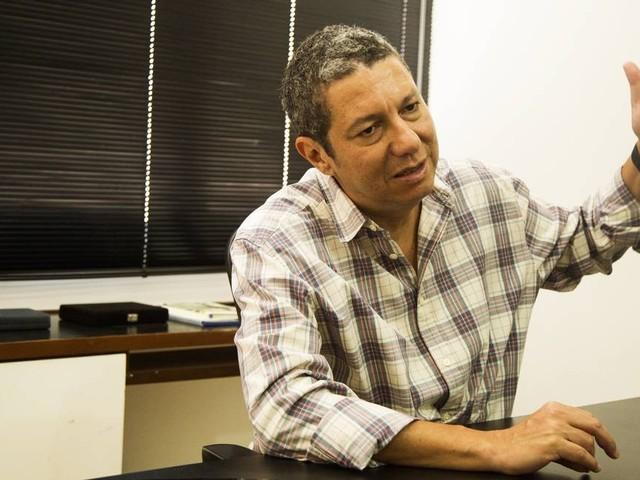 Coronavírus: 'O que foi anunciado até aqui é pífio', diz especialista sobre injeção de recursos