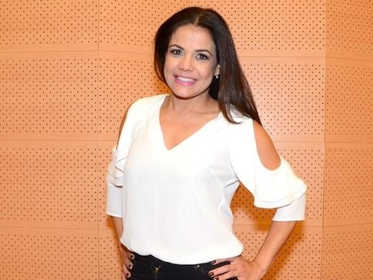 Após volta à Globo, Nivea Stelmann posa com Mario Frias, seu ex, com quem contracenará em nova novela