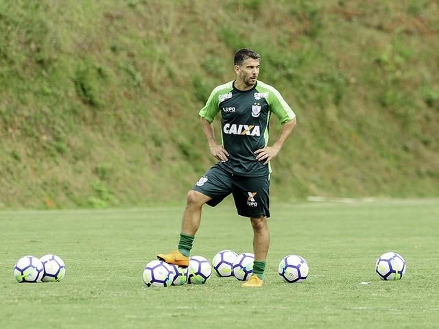 Re: Em fim de recuperação, Leandro Donizete deve voltar ao Santos em outubro