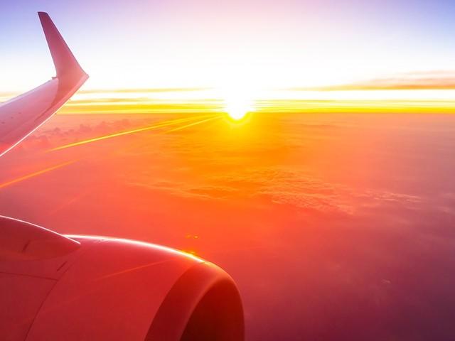 Passagens aéreas promocionais de madrugada: por que você não precisa perder o sono com elas