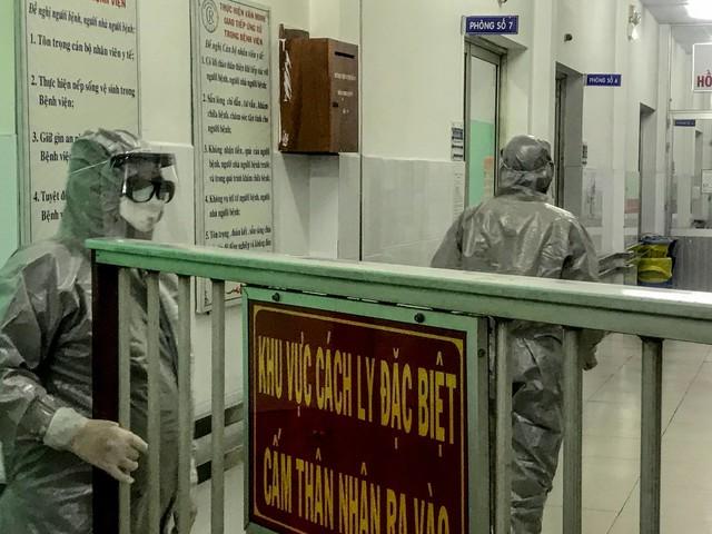 Doença preocupa | China isola área com 40 milhões para conter coronavírus; 26 pessoas já morreram