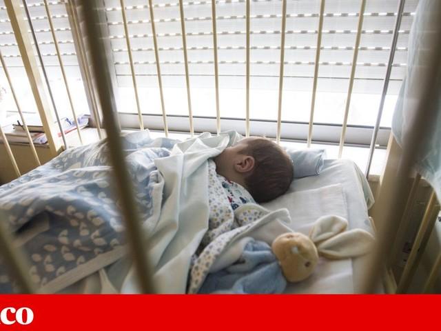 Hospitais de Lisboa vão ser reforçados com 49 anestesistas, pediatras e obstetras