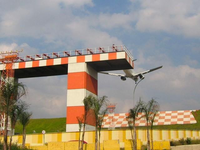 Congonhas, Santos Dumont e mais 22 aeroportos serão leiloados pelo governo federal