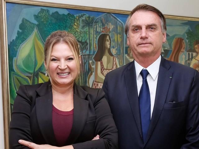 Bolsonaro retira Joice Hasselmann da liderança do governo no Congresso