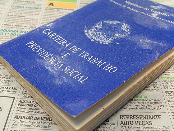 Para 'descontaminar' texto, governo admite adiar votação da Previdência