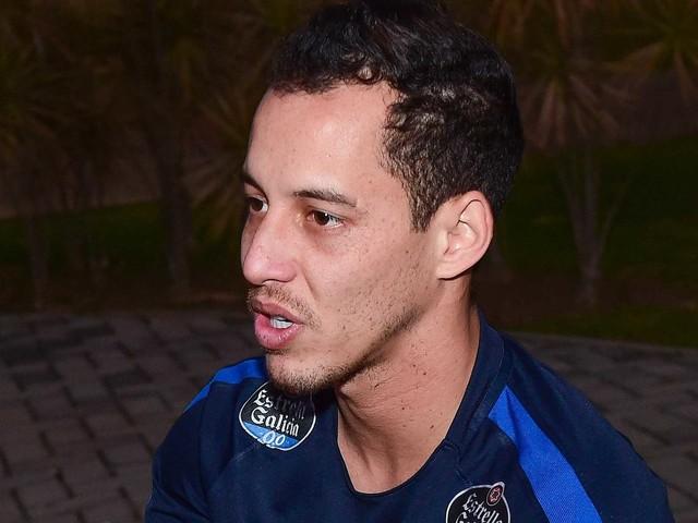 Time egípcio anuncia Rodriguinho, e Loss já pensa em soluções