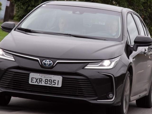 Toyota Corolla 2020 Hybrid: vídeo, preços, consumo e detalhes