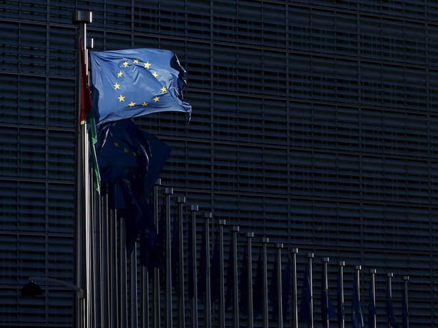 Bruxelas diz que OE 2020 arrisca incumprimento das regras do PEC