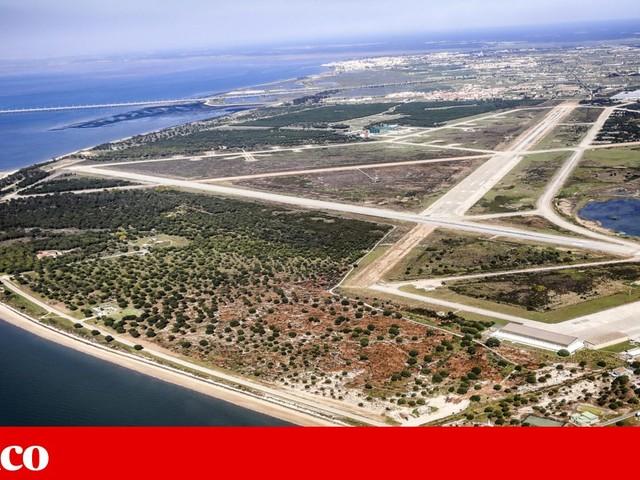 Aeroporto do Montijo avança com parecer favorável condicionado