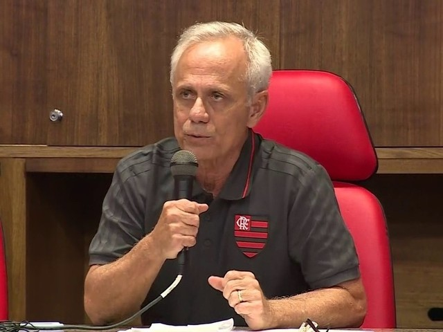 CEO do Flamengo diz que falta de licenças não tem relação com incêndio e cita 'picos de energia' após chuva como possível causa