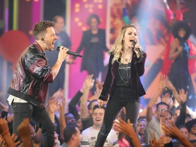 Às vésperas do show de Sandy e Junior em SP, veja as dez músicas mais buscadas da dupla