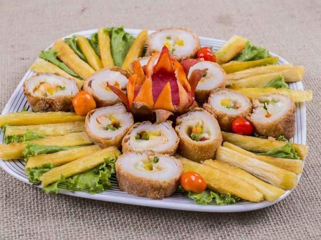 Petisco 'Segredo do Cheff' reúne pirarucu, camarão e macaxeira; veja como preparar