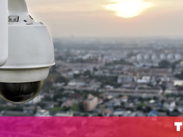 This AI can search for people by height, gender, and clothing in surveillance videos