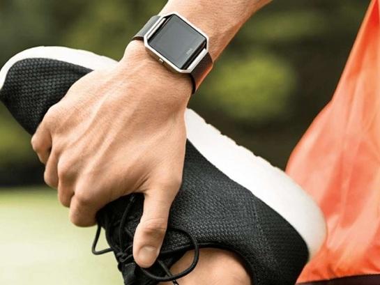 CEO da Fitbit garante que smartwatch não vai atrasar