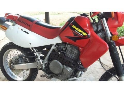 Linda honda xr650L