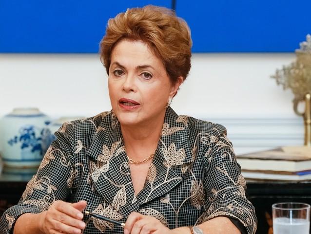 Dilma: A Globo faz papel de polícia, promotor e juiz