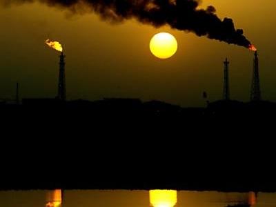 Países debaterão em maio extensão de pacto para cortar produção de petróleo