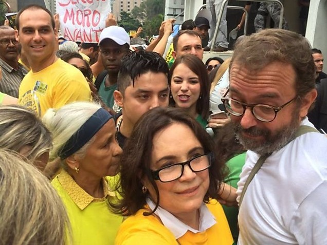 Regina Duarte perdeu o medo?