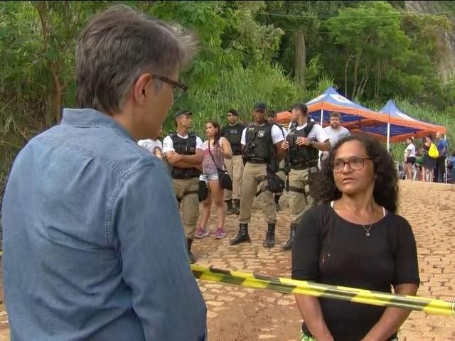 Parentes acompanham buscas por desaparecidos na Muzema, no Rio