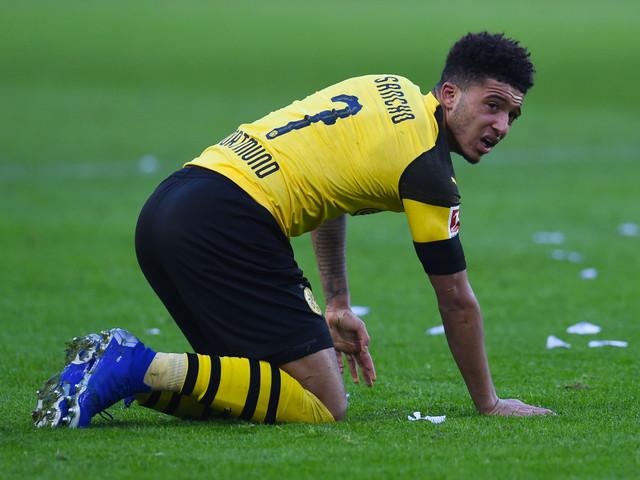 Jogador esquece passaporte e atrasa vôo do Borussia Dortmund a Londres