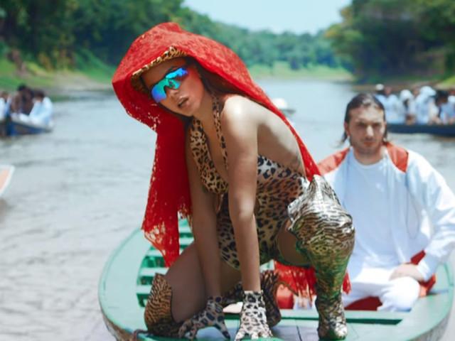"""A Amazônia é o palco de Anitta no clipe de """"Is That For Me"""""""