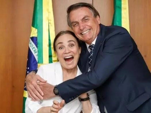 Regina Duarte aceita convite para chefiar a Secretaria da Cultura