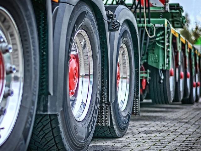 Entrega de implementos rodoviários cresce 19% em setembro