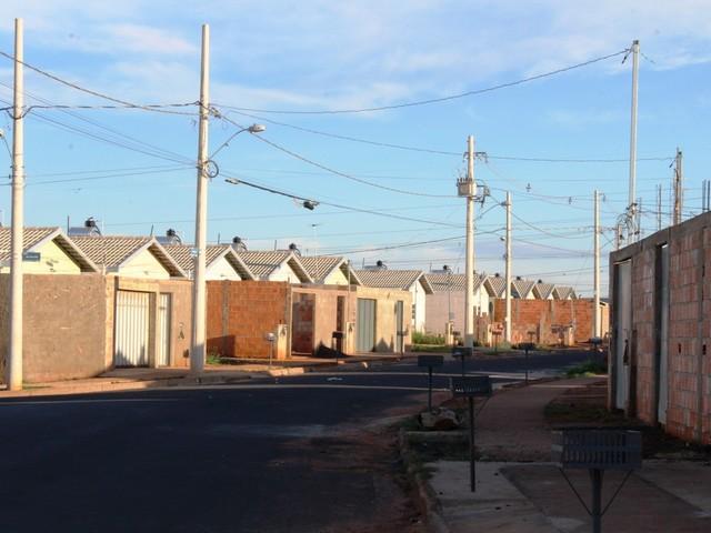 Vereador denuncia venda irregular de casas envolvendo servidores municipais em Uberlândia