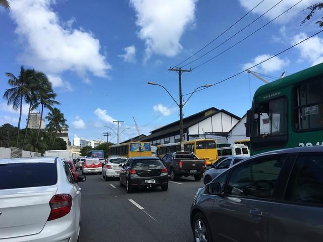 Eventos alteram trânsito em diversos pontos de Salvador neste domingo