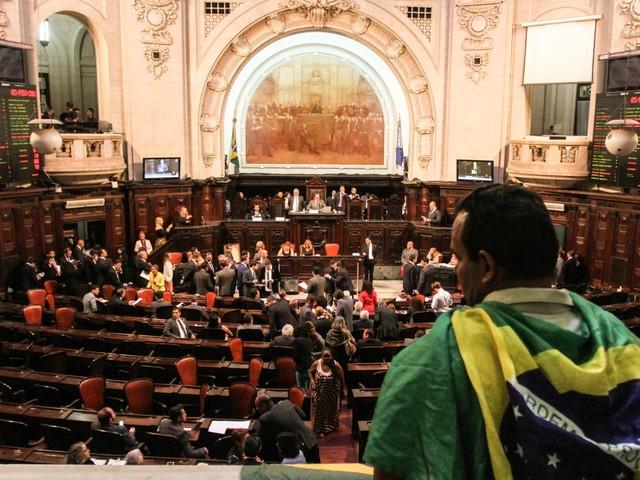 Veja os deputados que mais faltaram a sessões nos 100 dias de legislatura da Alerj