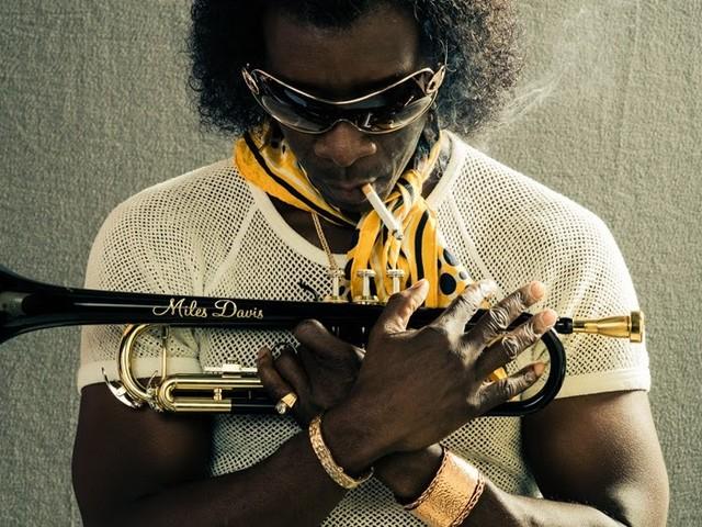 Sony divulga novas imagens e teaser de 'Miles Ahead', filme biográfico de Miles Davis