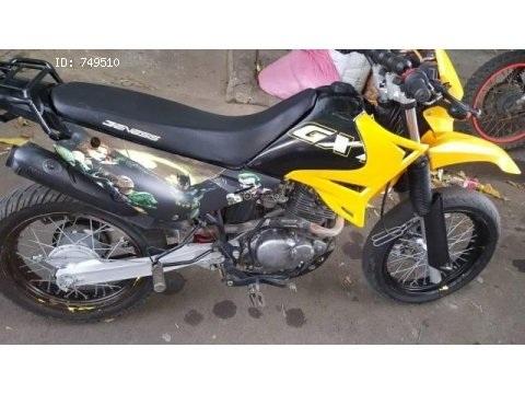 Moto Génesis GXT 200cc