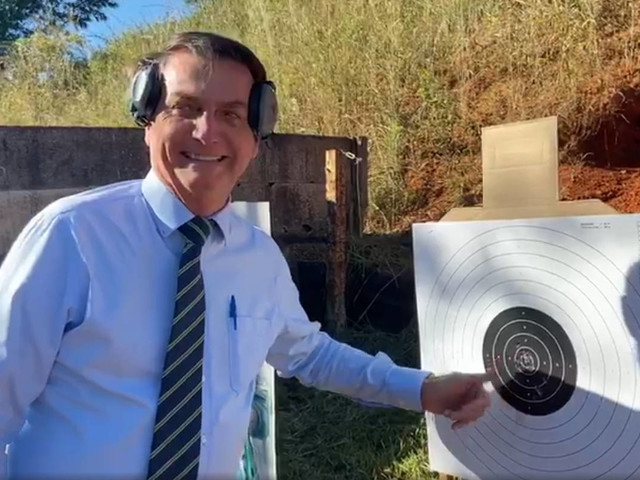 R$ 56 milhões no 1º trimestre | Sob Bolsonaro, Taurus registra aumento de 111% nas vendas de armas no Brasil
