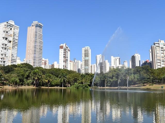 Confira o que abre e o que fecha na Semana Santa em Goiás