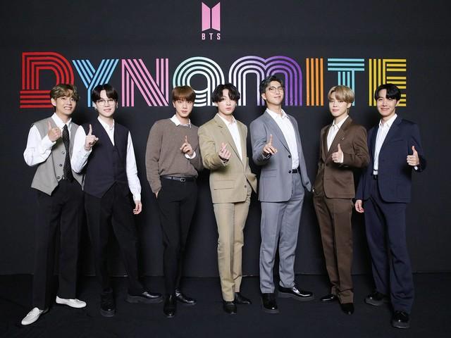 Banda de K-pop BTS marca ano da pandemia com álbum 'BE' e single 'Life Goes On'
