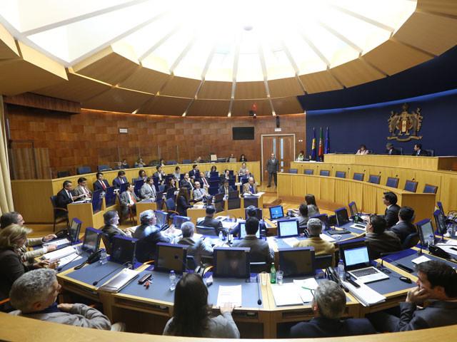 Parlamento cancela plenário em respeito pelo luto nacional