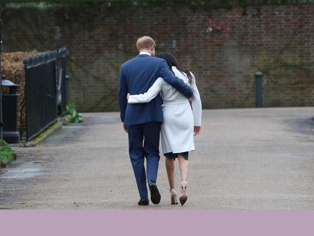 """Príncipe Harry está """"triste"""" por abandonar deveres reais, mas """"não havia outra opção"""""""