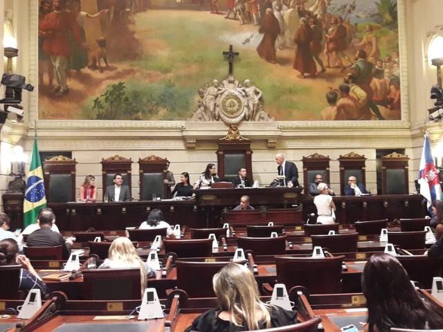 Termina prazo para defesa de Crivella apresentar declarações finais à comissão que analisa impeachment