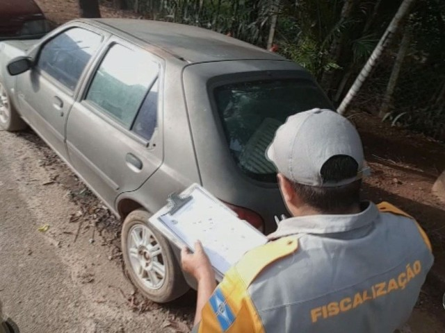 Notificações por abandono de veículos em Sumaré aumentam 158%, diz Prefeitura