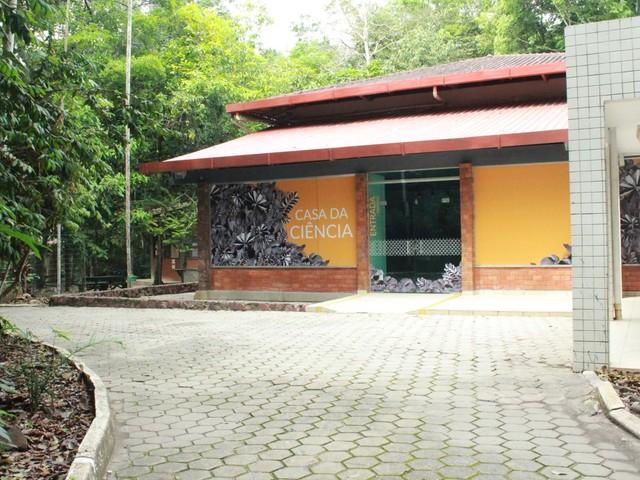 Bosque da Ciência em Manaus reabre ao público após ser fechado por falta de recursos para funcionamento