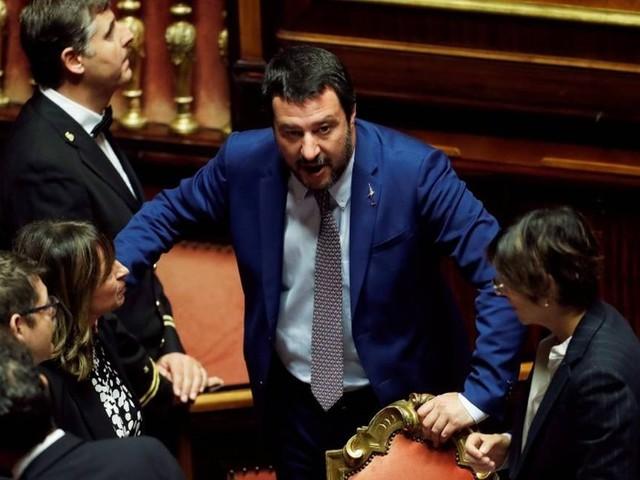 Itália desafia União Europeia e mantém seu plano de orçamento para 2019