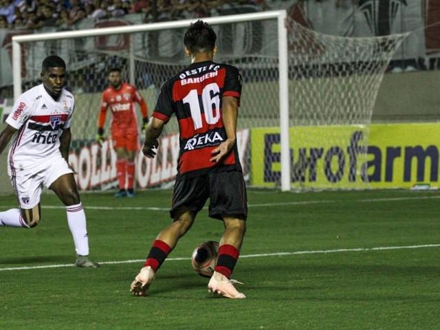 Oeste elimina o São Paulo e pega o Grêmio na semifinal da Copinha