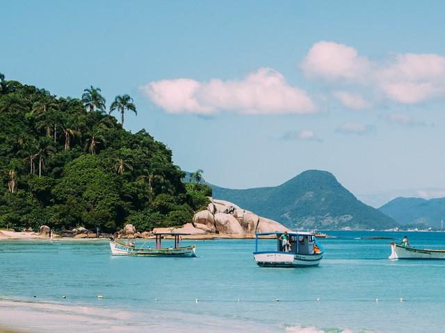 Muito barato! Pacotes para Florianópolis com voos mais hospedagem a partir de R$ 329 por pessoa!
