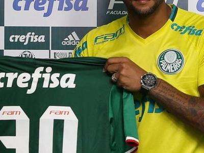 Felipe Melo explica por que não usará a camisa 5 que era de Arouca