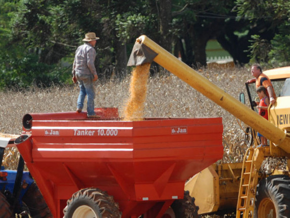 [Boletim] Agricultura apresenta superávit no mês de maio