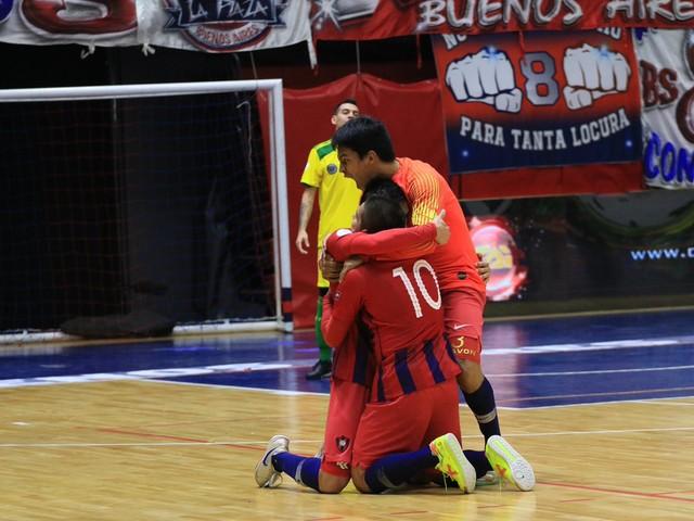 Cerro Porteño vence Alianza e decide Libertadores com Carlos Barbosa