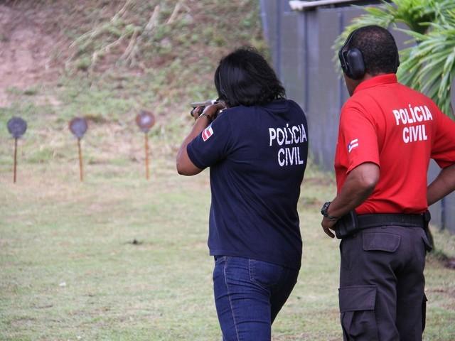 Cerca de 50 mil inscritos fazem provas do concurso da Polícia Civil em Salvador neste domingo